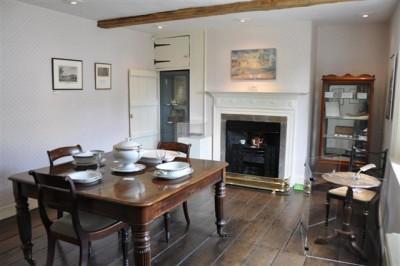 diningroom-small1